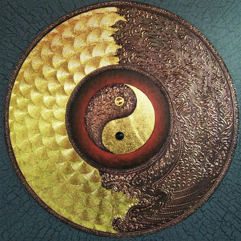 gold yin yang dragon art